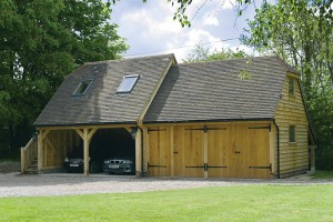 round-wood-of-mayfield-outbuilding